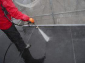 屋根洗浄状況